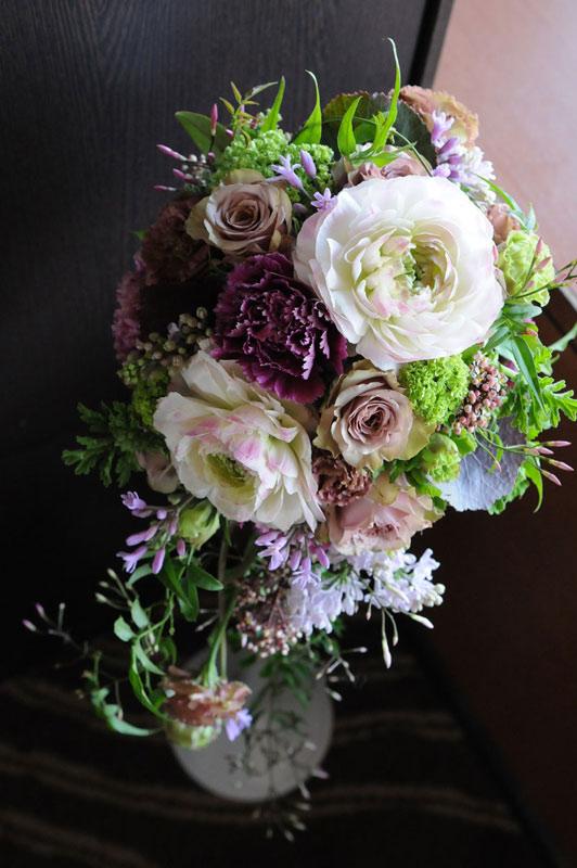 婚礼衣装の拡大花
