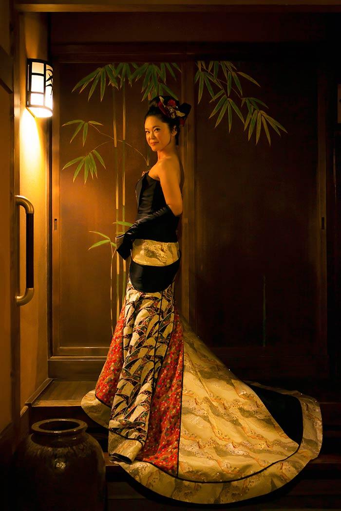 那古野神社で結婚式を挙げ、料亭「志ら玉」で披露宴を行いました